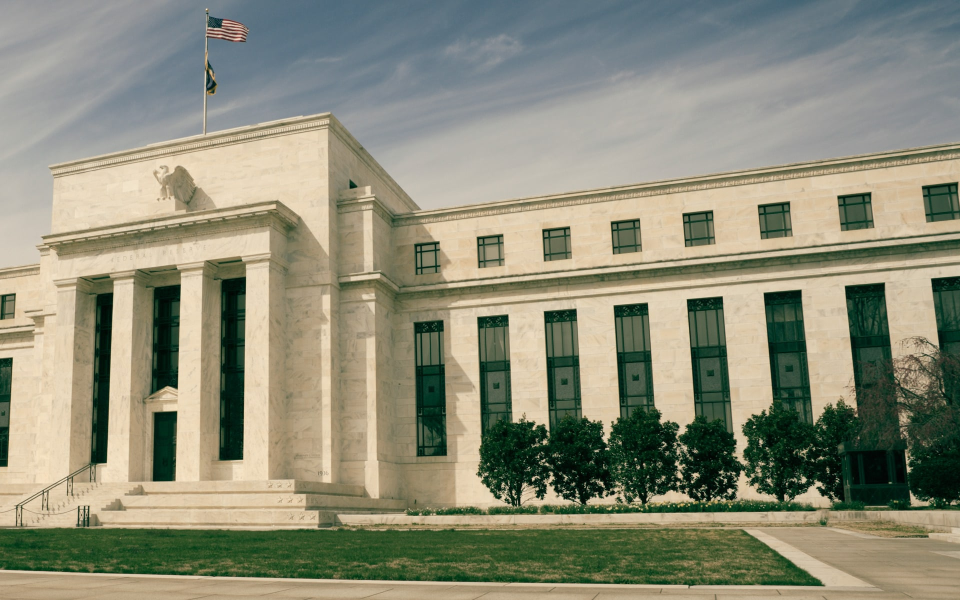 The Fed Deserves Praise, Not Scorn